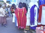 Huipil triqui de Copala en venta en el mercado de Oaxaca